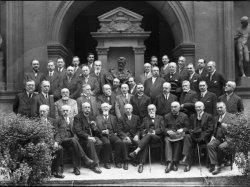 [Les membres de la Société académique d'architecture de Lyon, à l'occasion du centenaire de la société]