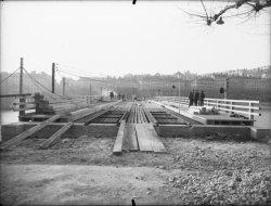 [Reconstruction du pont Morand]
