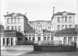 [Groupe scolaire de la rue Boileau : hôpital militaire complémentaire, no. 40, centre de rééducation]