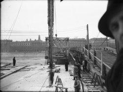 [Reconstruction du pont Wilson]