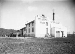 [Laiterie coopérative agricole de La Valbonne : vue générale des bâtiments]