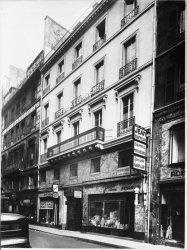 [Immeuble appartenant au Crédit à l'Epargne (Paris) : bureau du faubourg Montmartre]