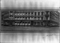 [Grande Pharmacie Lyonnaise : façade]