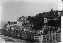 [Couvent des Carmes Déchaussés et démolition des terrasses pour la construction de la gare Saint-Paul]