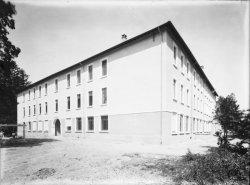[Ecole d'agriculture de Cibeins : vue sur un bâtiment]