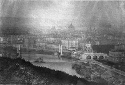 [L'ancien pont du Midi suspendu (pont Kitchener)]