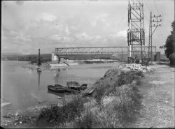 [Compagnie nationale du Rhône (CNR) : construction du port Edouard Herriot : pont métallique]