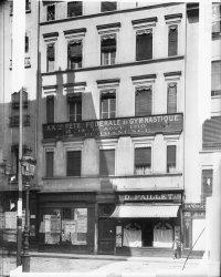 [7, place des Jacobins vers 1910]