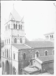 [La Basilique Saint-Martin d'Ainay]