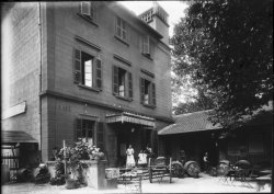 [Café rue Colin à Villeurbanne]