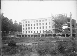 [Construction du Palais de la Foire de Lyon, quai Achille-Lignon]