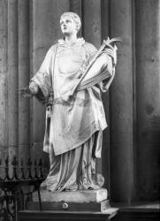 [Cathédrale Saint-Jean : sculpture de Saint-Etienne]