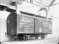 [Gare frigorifique de Lyon-Perrache. Wagon de la S.F.T.E.F.]