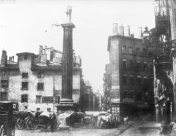 [Grands travaux d'urbanisme du Second Empire : place des Cordeliers et la colonne du Méridien]