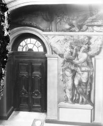 """[Hôtel de ville de Lyon. Détail du soubassement nord de l'escalier d'Honneur : """"La Gaule belge et Cérès""""]"""