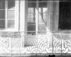 [Rue Sainte-Marie des Terreaux : balcon]