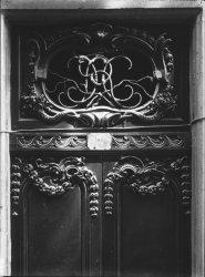 [3, rue Sainte-Marie des Terreaux : porte et imposte]