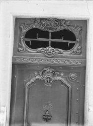 [3, Grande rue des Feuillants : porte et imposte]