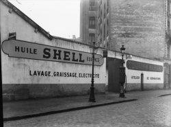 [Touring-garage Shell, 47 rue Raoul-Servant : atelier de réparations]