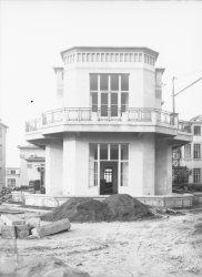 [L'Hôpital de Grange-Blanche : construction]