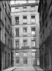 [Immeuble appartenant au Crédit à l'Epargne (Lyon) : 26 rue de la Vieille Monnaie]