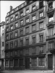 [Immeuble appartenant au Crédit à l'Epargne (Lyon) : soieries A. Lévy frères]