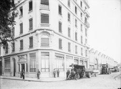[Bureaux et entrepôts lyonnais de la papeterie Bergès (Lancey, Isère)]