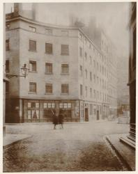 [Le Quartier Grôlée avant sa démolition : rue du Confalon]