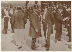 [Edouard Herriot à l'occasion d'une revue militaire, place Bellecour, en 1906]