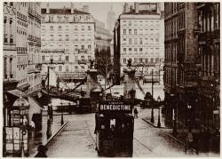 [Ancien pont suspendu La Feuillée, sur la Saône, au début du XXe siècle]