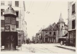 [La Place Saint-Alexandre, à Saint-Just, au début du XXe siècle]