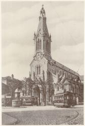 [L'Eglise de l'Annonciation à Vaise, consacrée en 1899, détruite en 1944]