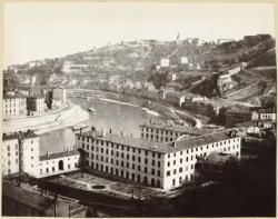 [Vue panoramique de Lyon et des rives de la Saône]