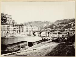 [Le Pont de Serin, le fort Saint-Jean et le grenier à blé de Lyon]