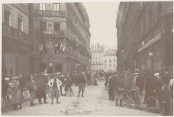[Le Journal Lyon-Républicain, rue Childebert]