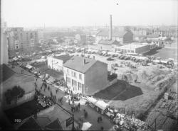[Le marché des Gratte-Ciel à Villeurbanne]