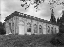 [Pensionnat de Chamagnieu : l'ancienne orangerie transformée en salle des fêtes]