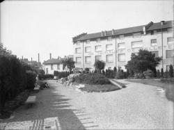 [Jardin des Tout-Petits, avenue de la Ferrandière, à Villeurbanne : vue générale]