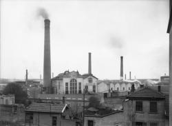 [Vue de l'usine Gillet, depuis le boulevard Eugène Réguillon]
