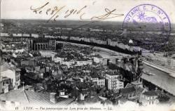 Lyon : Vue panoramique sur Lyon prise des Minimes.