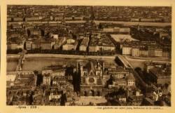 Lyon : Vue générale sur Saint Jean ; Bellecour et le centre.