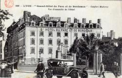 """Lyon : """"Grand Hôtel du parc et de Bordeaux"""" ; Confort Moderne ; Vue d'ensemble de l'Hôtel."""