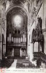 Lyon. - L'église Saint-Nizier. - Les Orgues et la Chaire