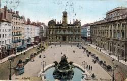 Lyon : Place des Terreaux