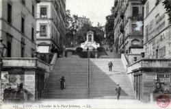 Lyon : L'Escalier de la Place Sathonay.