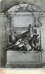 Lyon : Hôtel de ville ; la Statue de la Saône.