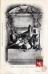 Lyon : la Statue de la Saône ; Hôtel de Ville