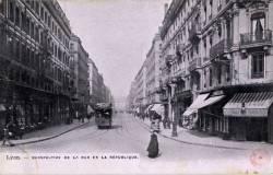 Lyon : Perspective de la rue de la République.
