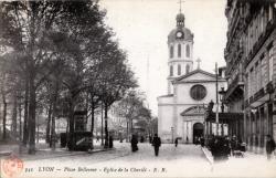 Lyon : Place Bellecour ; Église de la Charité