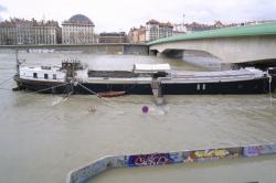 [Crues du Rhône à Lyon, mars 2001]